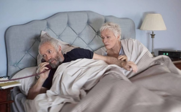 Immagine 12 - The Wife - Vivere nell'ombra, foto del film con Glenn Close e Jonathan Pryce