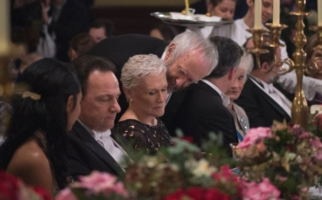 Immagine 14 - The Wife - Vivere nell'ombra, foto del film con Glenn Close e Jonathan Pryce