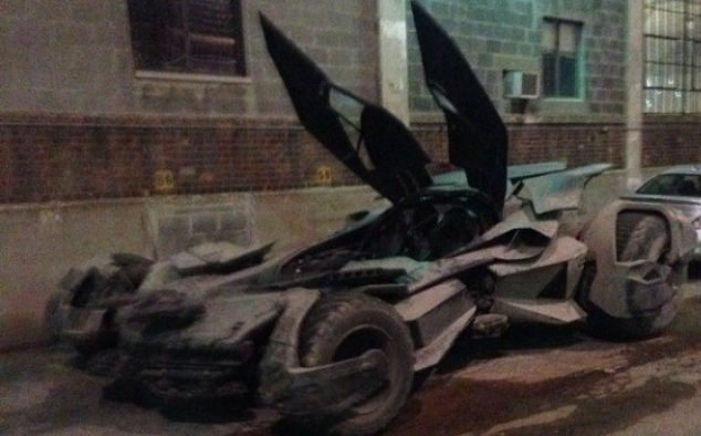 Immagine 99 - Batman VS Superman-Dawn of Justice, foto sul set