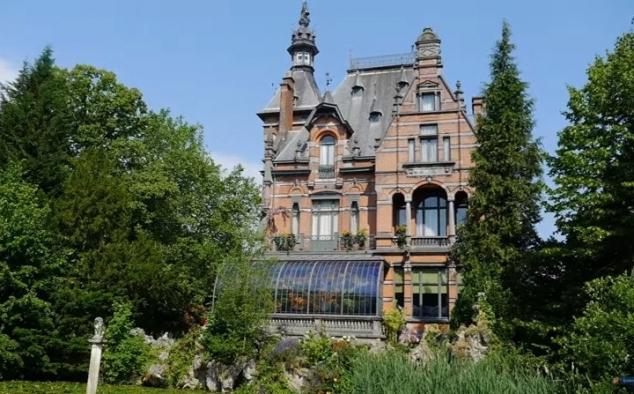 Galleria immagini miss peregrine la casa dei ragazzi speciali foto e immagini del film for Casa home belgique