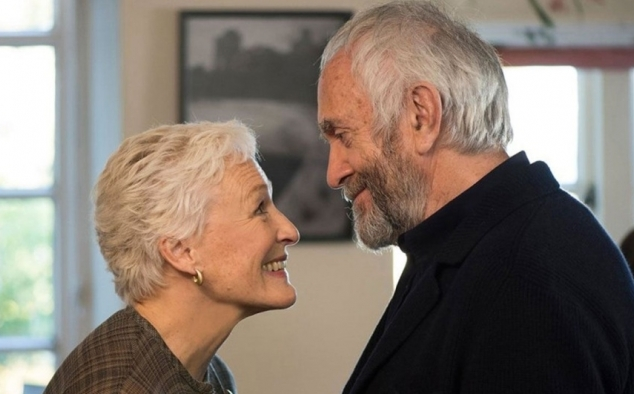 Immagine 2 - The Wife - Vivere nell'ombra, foto del film con Glenn Close e Jonathan Pryce