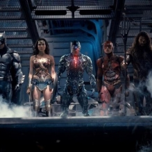 Justice League team di supereroi solitari